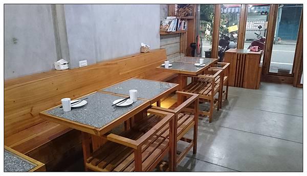 台東長濱的餐廳: 長濱100號