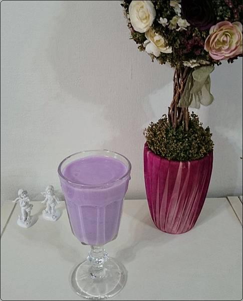 紫山藥牛奶