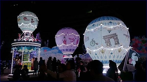 台北統一時代百貨廣場聖誕燈飾
