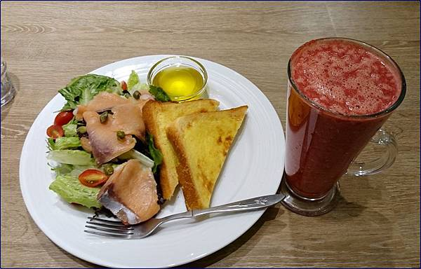 健康食彩餐廳