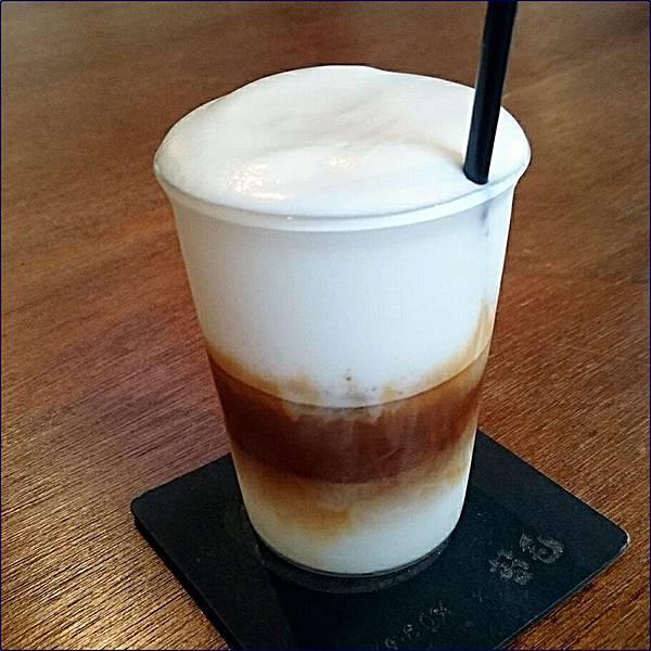苔毛咖啡-冰卡布奇諾