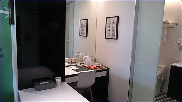 新驛旅店-台中車站店