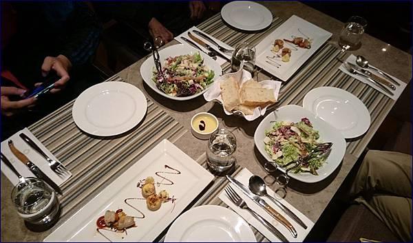 cozzi kitchen 和逸民生館