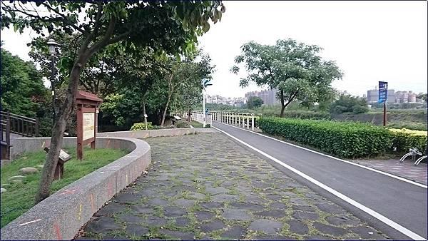 南崁光明河濱公園