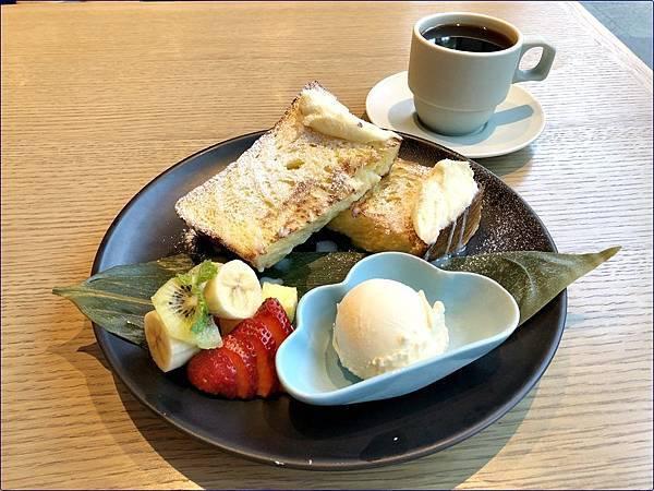 內湖蔦屋書店內-茶屋