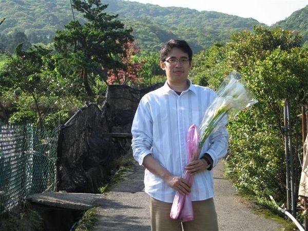 還有很多花店~玫瑰都很美說...