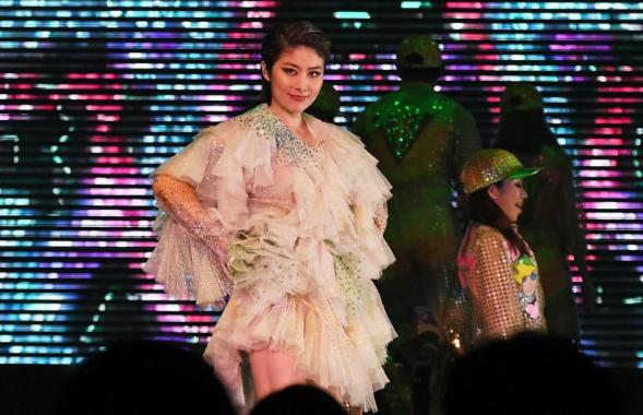 陳慧琳開唱遇槍擊 混亂尖叫「嫌犯遭擊斃」|天下娛樂城|九州娛樂城|
