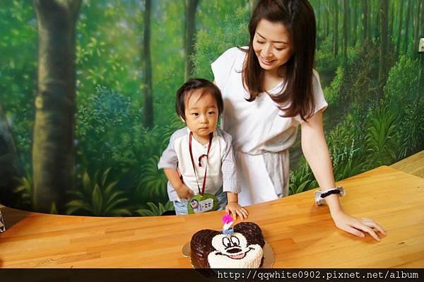 壽星小比哥哥與美麗媽咪