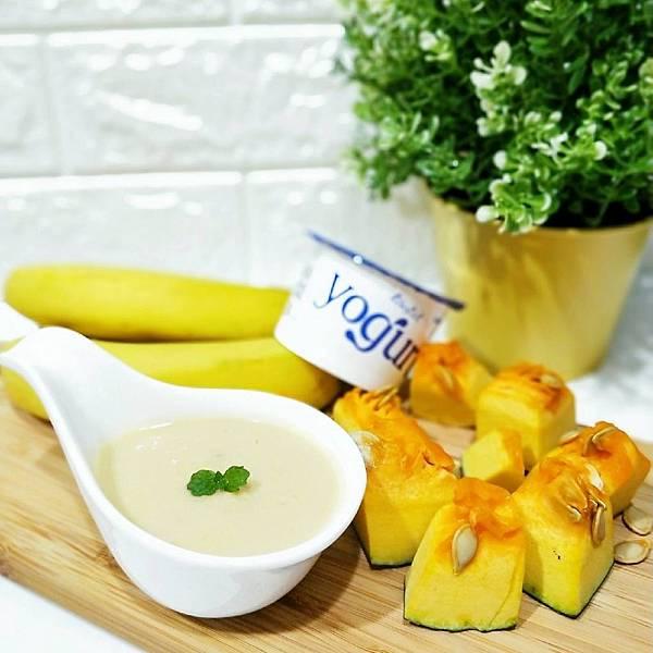 料理機食譜分享_南瓜香蕉優格奶昔(10+)