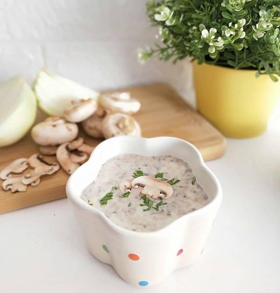料理機食譜分享_蘑菇濃湯(8+)