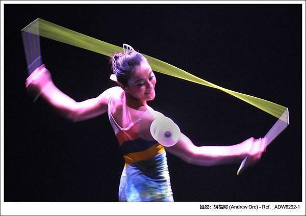 鈴舞者們化身美麗的魚仙子