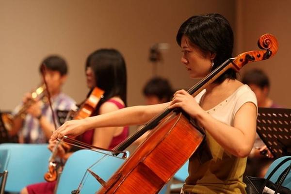 大提琴首席黃盈媛