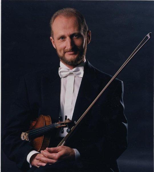 俄國小提琴大師布魯尼