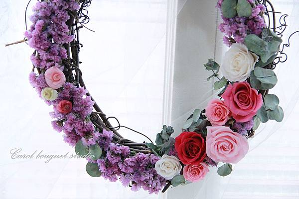 【春 • 花開了 】2015/3/29  永生花+乾燥花應用花圈課程資訊