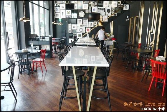 樂昂咖啡 Love one cafe 健行店P1270794_調整大小1