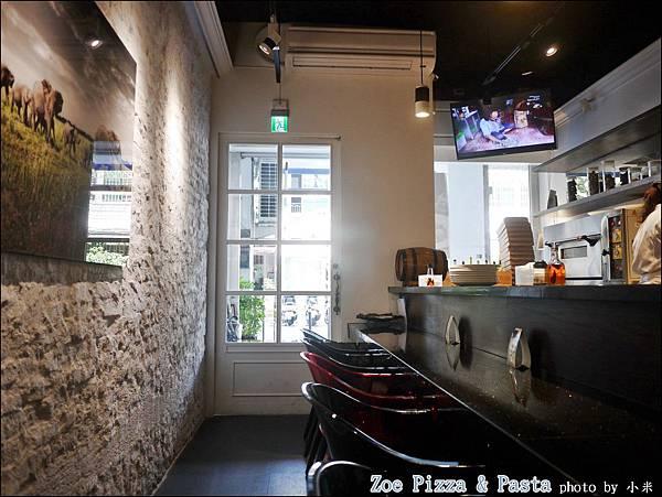 Zoe Pizza & PastaP1360574_調整大小1.JPG