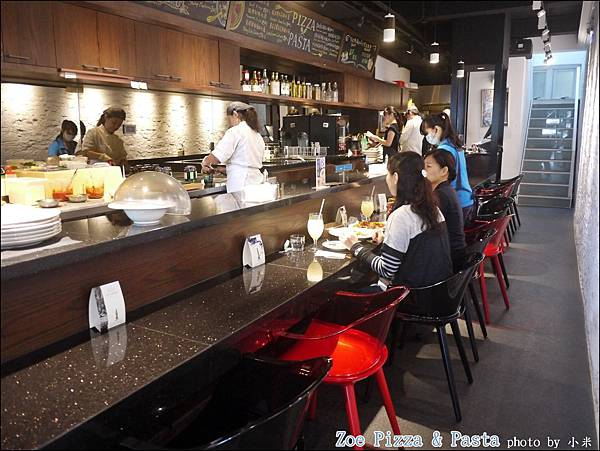 Zoe Pizza & PastaP1360593_調整大小1.JPG