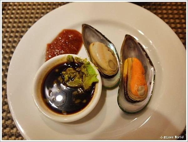 東方渡假酒店自助餐P1380062_調整大小1.JPG