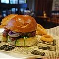 BEAST · Bar & Grill · 野獸美式餐廳P1540891_調整大小1.JPG