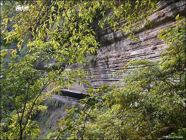 嘉義青年嶺步道、燕子崖、千年蝙蝠洞P1530149_調整大小1.JPG