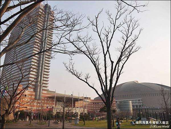 福岡海鷹希爾頓大飯店P1500953_調整大小1.JPG