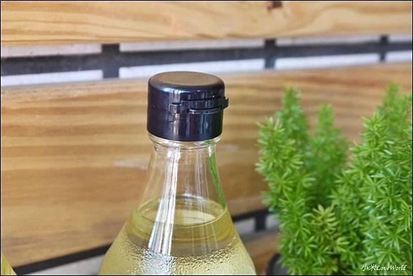 平田產業 一番搾り日本國產芥花籽油P1620069_調整大小1.JPG