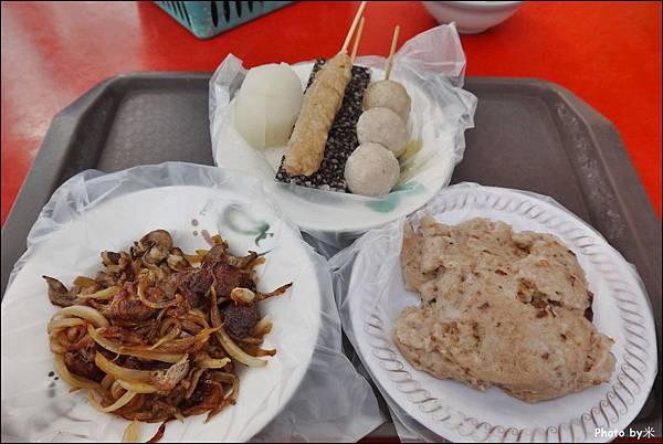 小觀山古早味鹹粿P1600776_調整大小1.JPG