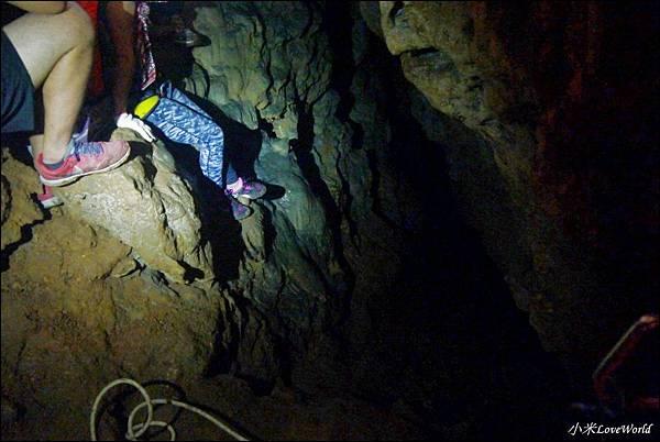 高雄壽山猴洞鐘乳石洞P1630215_調整大小1.JPG