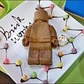BRICK WORKS樂高積木主題餐廳(高雄店) P1640091_調整大小1.JPG