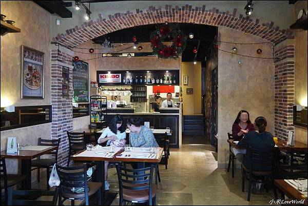 唇義義大利餐酒館P1640493_調整大小1.JPG