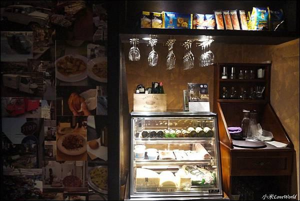 唇義義大利餐酒館P1640498_調整大小1.JPG