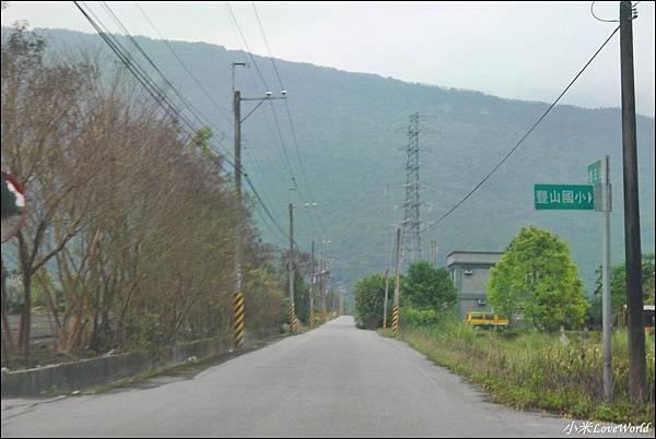 花蓮樹湖櫻花P1660619_調整大小1.JPG