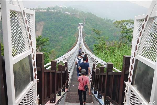 屏東三地門山川琉璃吊橋P1620934_調整大小1.JPG