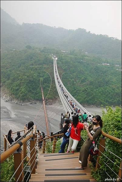 屏東三地門山川琉璃吊橋P1620970_調整大小1.JPG