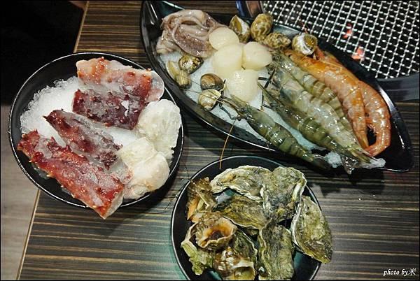 好客燒烤-高雄店 - 新光三越三多店P1690957_調整大小1.JPG