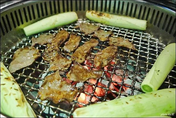 好客燒烤-高雄店 - 新光三越三多店P1700130_調整大小1.JPG