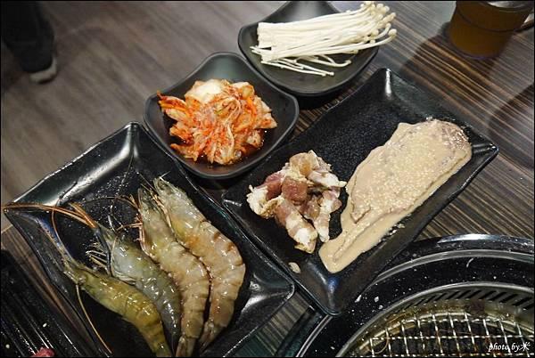 好客燒烤-高雄店 - 新光三越三多店P1700174_調整大小1.JPG
