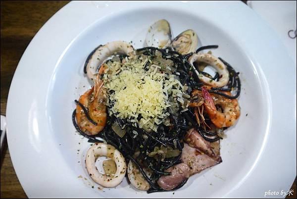 高雄佐佐義cucina pasta(民享店)P1680439_調整大小1.JPG
