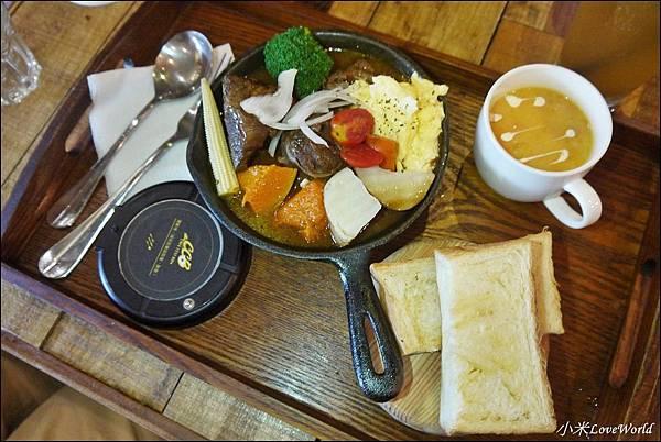 高雄卡菲小食光民生四號店P1760350_調整大小1.JPG