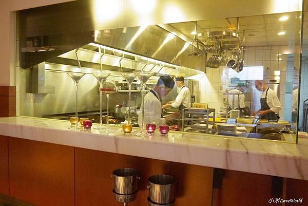 台南轉角餐廳 Corner Steak HouseP1810338_調整大小1.JPG
