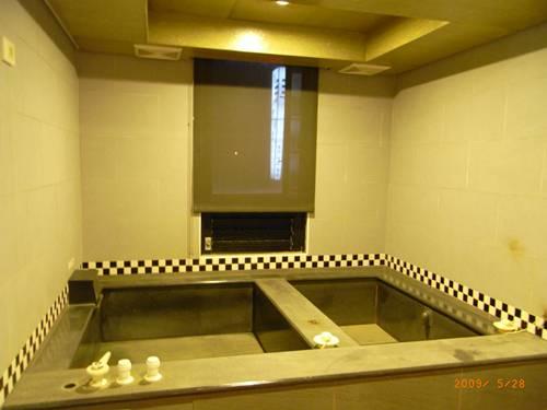 萬里仙境冷熱浴池2.JPG
