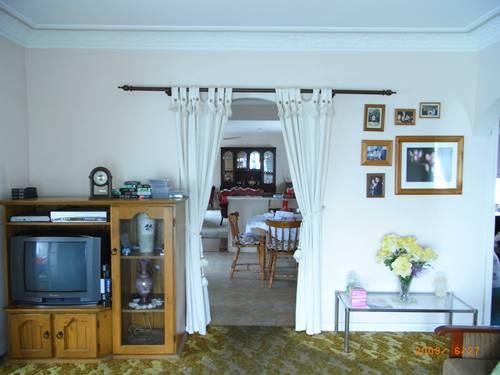 客廳跟廚房的交界.JPG