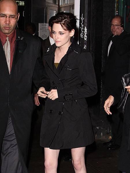Kristen Stewart Burberry