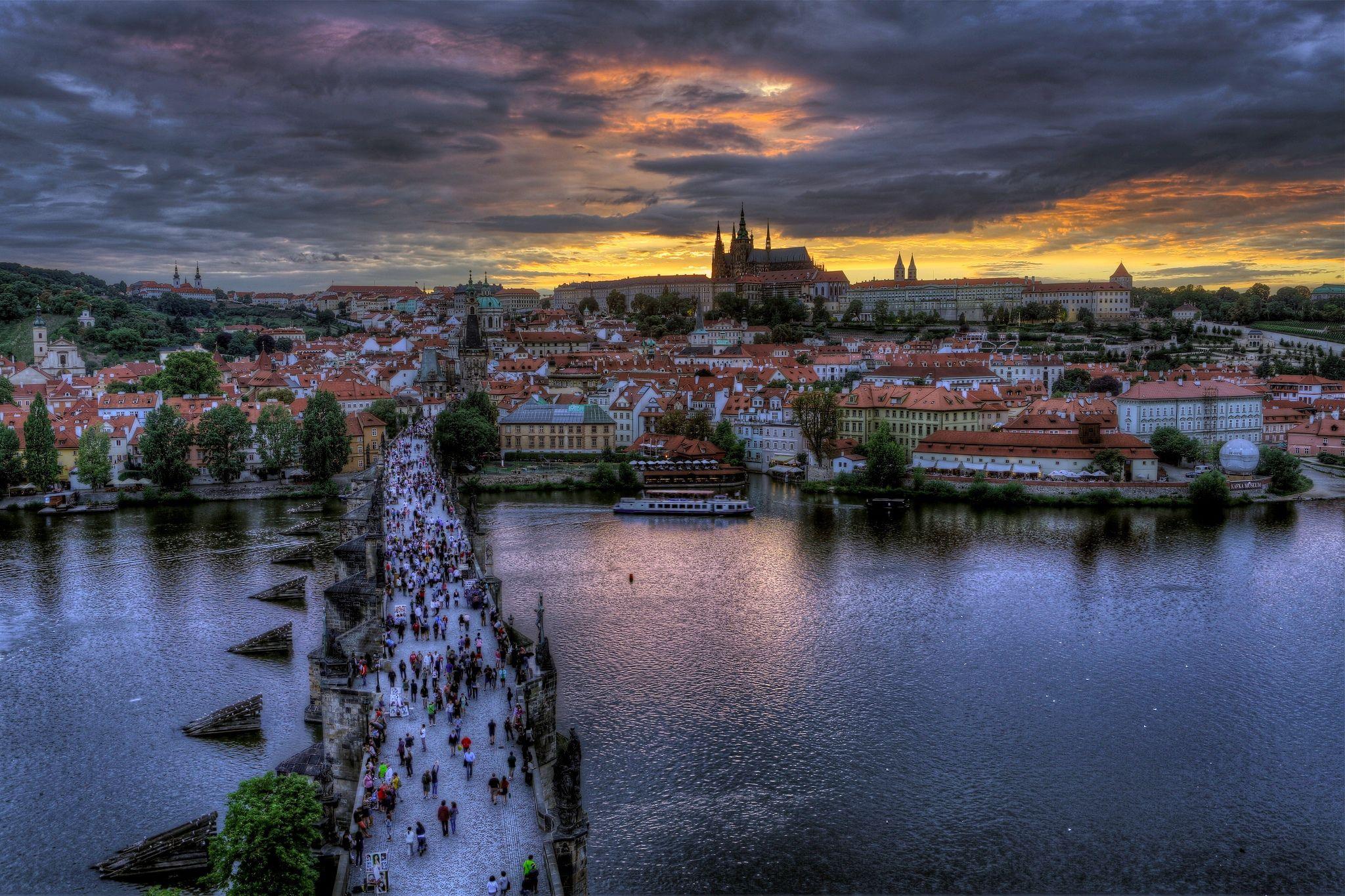 Praha_from gdefon