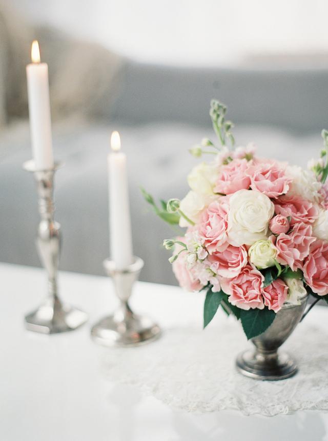 vintage-inspired-bridal-boudoir-11.jpg