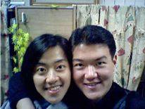 2005.01.08小君+大君合照--這是用Honey送給我的BenQ照相手機拍的唷
