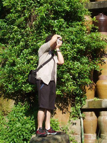 2005.05.17苗栗 假面藝術節20-3--認真取景
