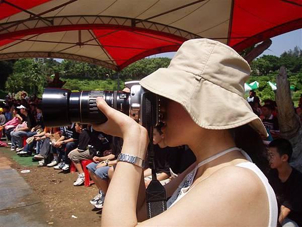 2005.05.17苗栗 假面藝術節21-1--我也被偷拍了