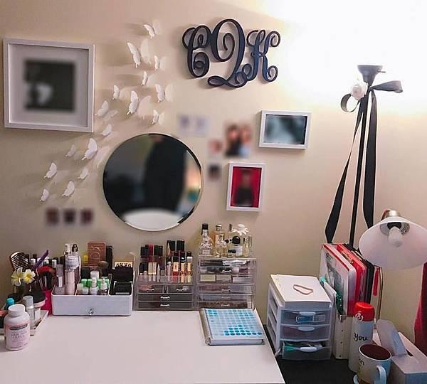 room decor.jpg