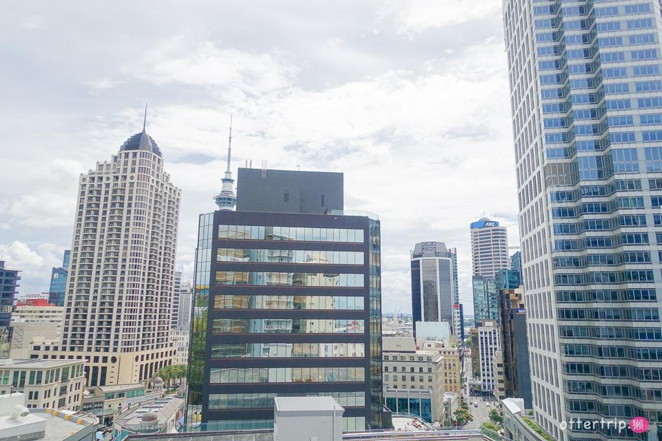 紐西蘭奧克蘭跨年住宿 華爾道夫酒店公寓 開窗就能看天空塔